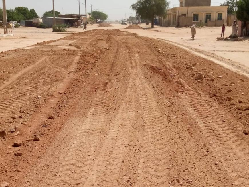Tchad : la ville d'Abéché aménage les routes dégradées par la pluie