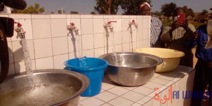 Tchad : don d'un château d'eau et grand soulagement dans un quartier de Pala