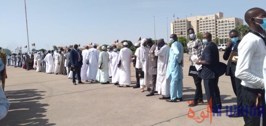 Tchad : la salle du Palais du 15 janvier se vide pour préparer l'arrivée du chef de l'État