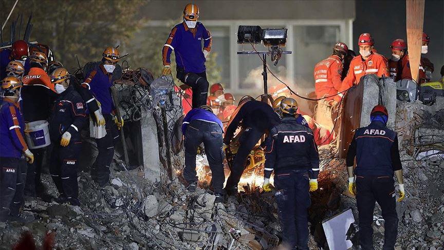 Séisme en Turquie : un nouveau bilan d'au moins 105 morts et 144 blessés. © Anadolu Agency