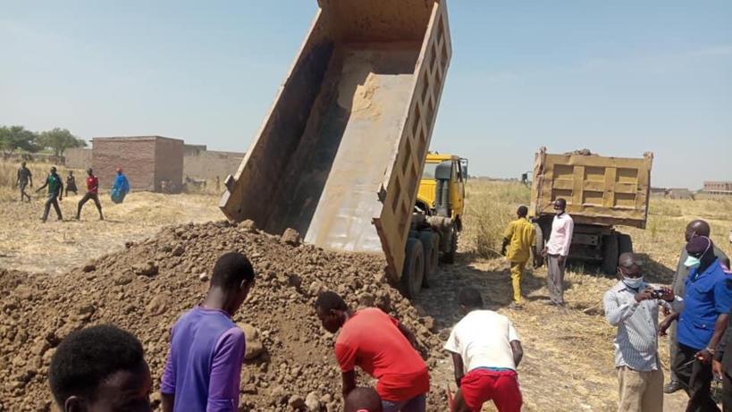 Tchad : le ministre Kalzeubé Payimi au chevet des victimes de la crue du fleuve