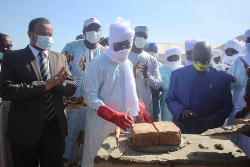Tchad : pose de la première pierre de construction d'un centre multimédia à Pala