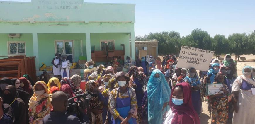 Tchad : au Hadjer Lamis, des femmes apprennent à faire de la bouillie enrichie contre la malnutrition