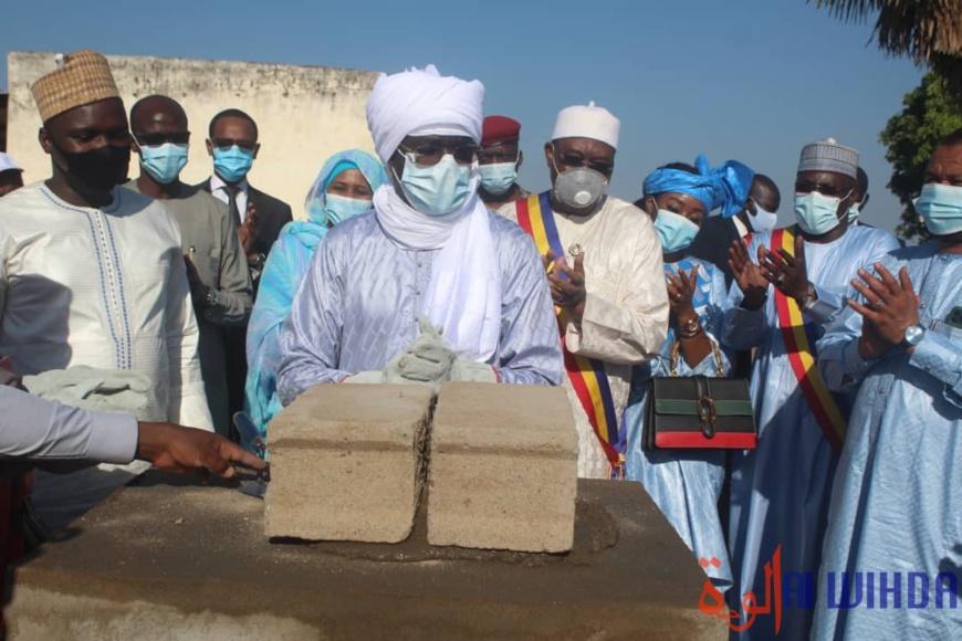 Tchad : pose de la pierre de construction du centre multimédia à Sarh