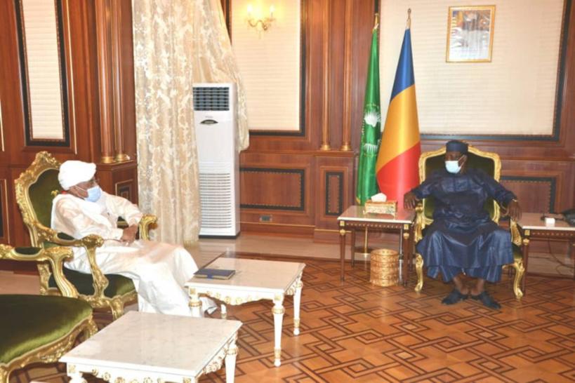 Tchad : l'ex-chef rebelle Abdelwahid Aboud reçu par le chef de l'État