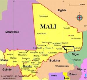 L'UA  réaffirme l'attachement de l'UA à l'unité nationale et à l'intégrité territoriale du Mal