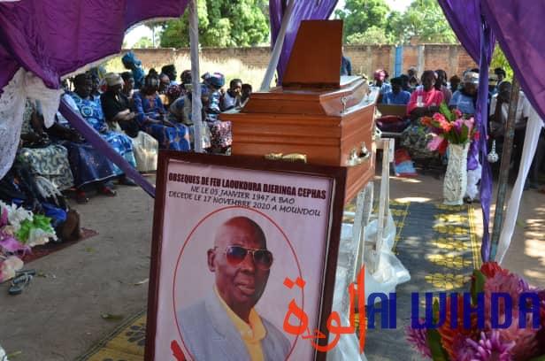 Tchad : inhumation de Laoukoura Djéringa Céphas, premier caméraman de Moundou
