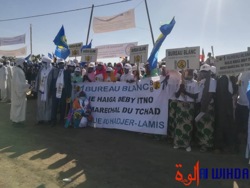 Tchad : le président au Hadjer Lamis pour lancer le projet de la dorsale transaharienne à fibre optique