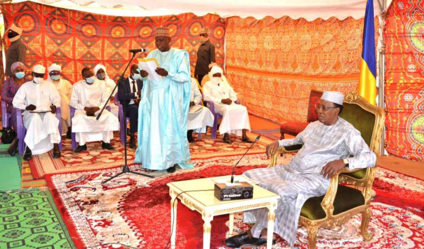 Tchad : le président annonce le lancement de plusieurs chantiers routiers. © PR