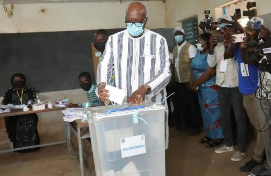 Kaboré devrait négocier pour former sa majorité — Burkina