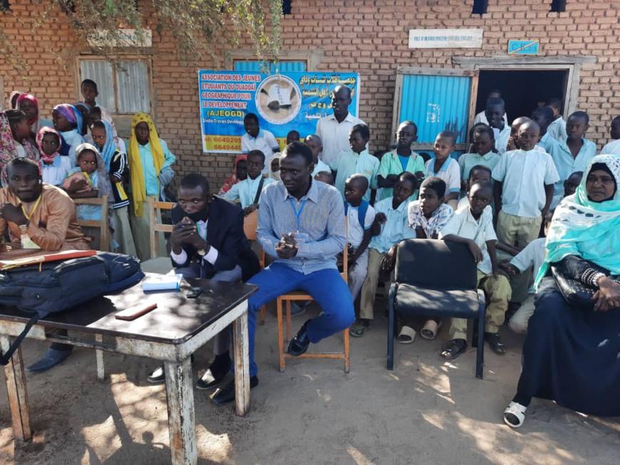 Tchad : des étudiants incitent les lycéens et collégiens d'Abéché à la lecture