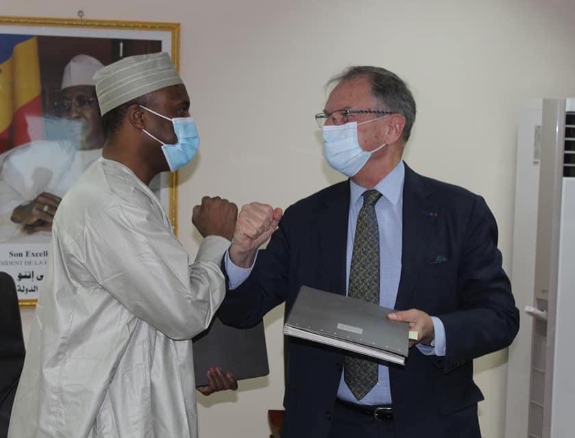 Tchad : une convention signée avec la France pour renforcer le secteur de la santé