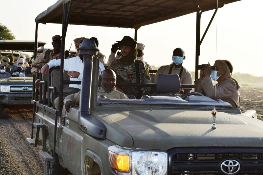 Tchad : Deby veut un aérodrome international au Salamat pour valoriser le parc de Zakouma