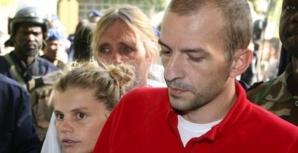 Eric Breteau (à droite) et Emilie Lelouche ont annoncé qu'ils ne se rendraient pas au procès, qui s'ouvre lundi devant le tribunal correctionnel de Paris. Photo : PASCAL GUYOT/AFP