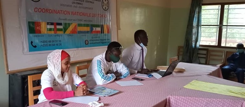 Tchad : L'Association Jeunesse Solidarité échange avec les jeunes sur l'impact des réseaux sociaux