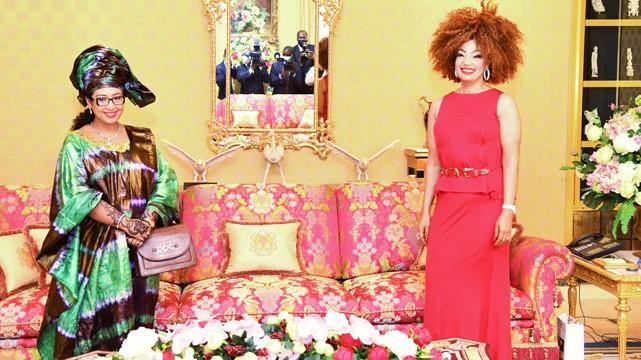 Cameroun : L'écrivaine Djaïli Amadou Amal reçue par Mme Chantal Biya