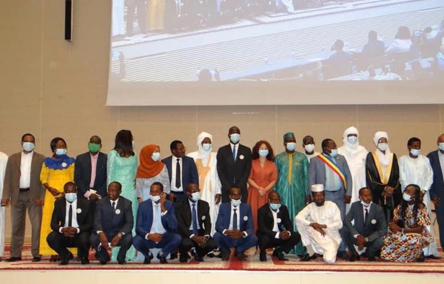 Tchad : la nouvelle équipe du CNJT installée