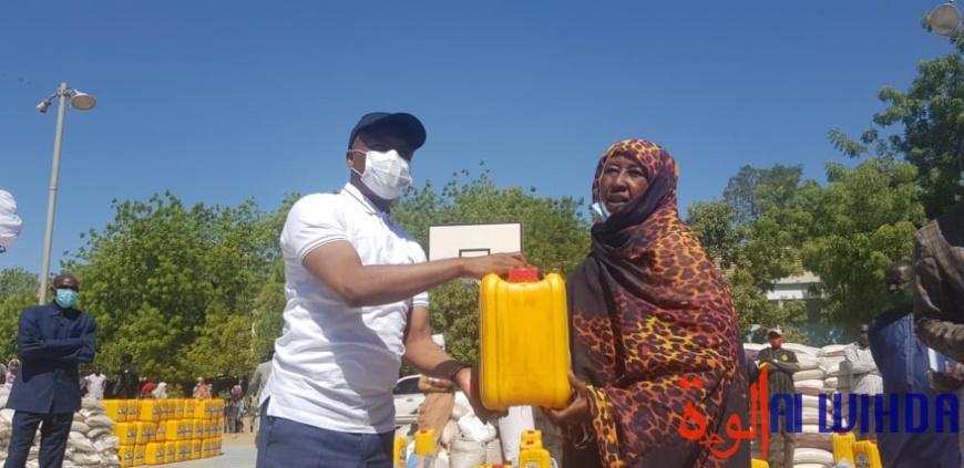 Tchad : distribution de kits alimentaires aux vulnérables à N'Djamena