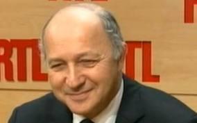 """Cameroun : """"J'ai confirmé aux familles notre détermination totale pour parvenir à la libération de leurs proches"""" a déclaré Laurent Fabius"""