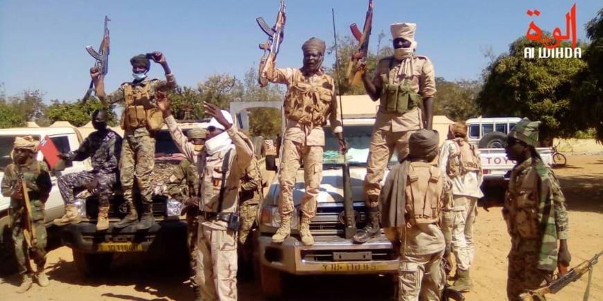 Des militaires en liesse à Pala après la réussite d'une opération de libération d'otages au Mayo Kebbi Ouest en janvier 2021. © Foka Mapagne/Alwihda Info