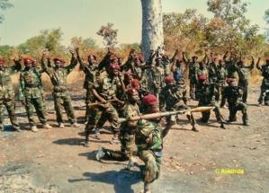 Des commandos du FDPC du Général Abdoulaye Miskine dans le maki. Crédits photos : Alwihda