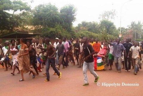 Bangui : Une personne tuée par la Séléka et la population proteste. Crédits photos : hyppolite Donossio