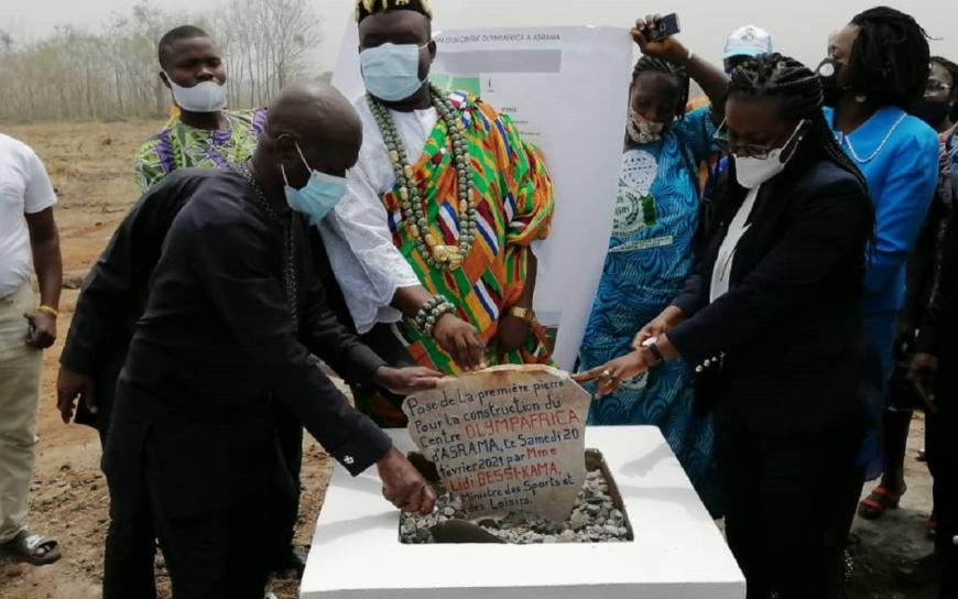 Togo : La ministre des Sports lance les travaux de construction d'un complexe sportif dans le Haho