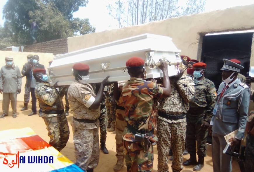 Tchad : le corps du général Ngartoketé Tatola acheminé au Mandoul