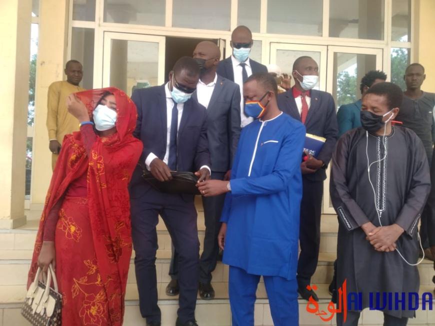 """Présidentielle au Tchad : Dr. Masra demande au président Deby de """"se reposer"""""""