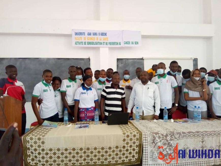 Tchad : les étudiants de l'UNABA sensibilisent sur le cancer du sein