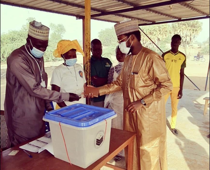 Tchad : les électeurs aux urnes dans le Mayo-Lémié