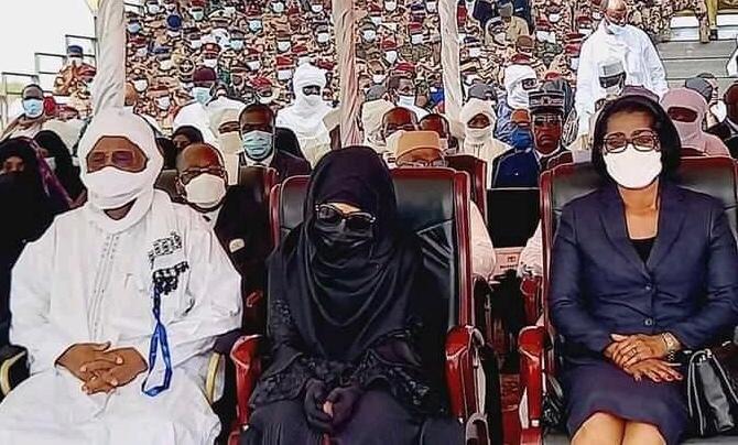 Tchad : la Première Dame Hinda Deby présente aux obsèques. © Tchad Media