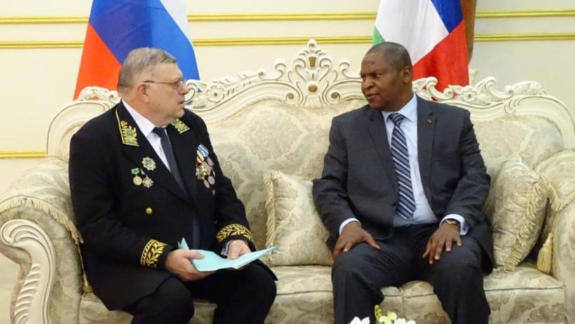 RCA : la Russie prévoit une nouvelle livraison d'armes et munitions pour les FACA