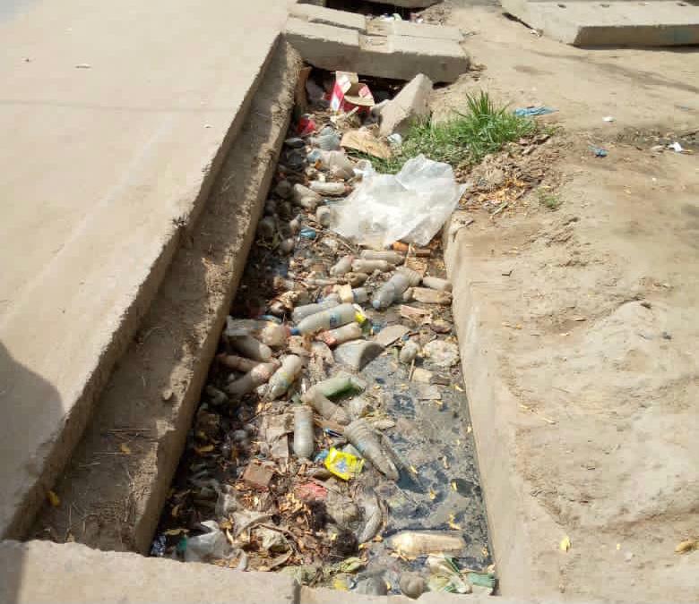 Tchad : à l'approche de la pluie, les canaux toujours bouchés