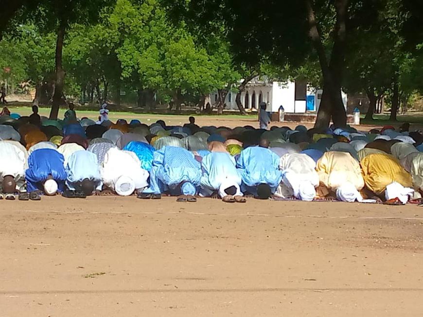 Tchad : grande prière de l'Aïd El-Fitr à la place de l'indépendance de Laï