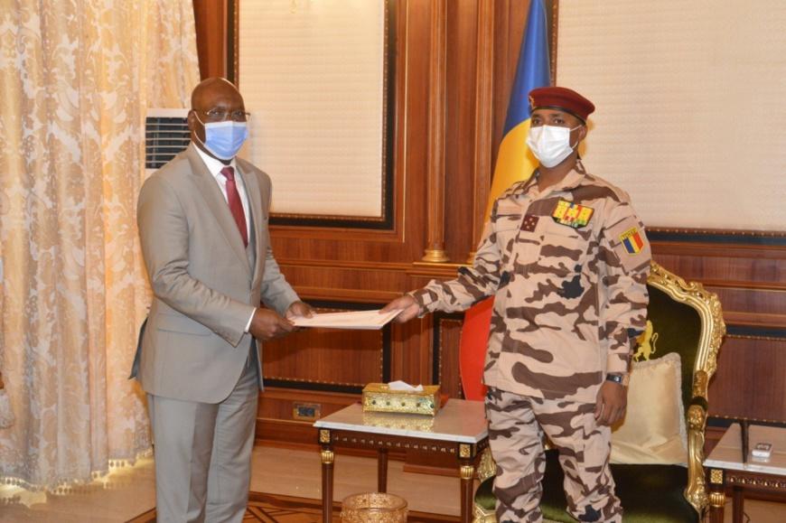 Tchad : une délégation de Guinée équatoriale rencontre le président du CMT