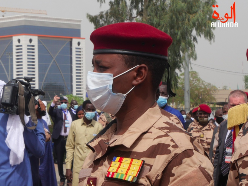 Tchad : le président du CMT remplace six gouverneurs