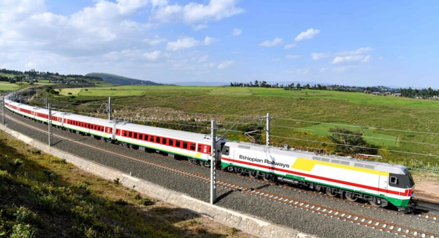 Photo shows an Ethiopian train running on the Chinese-built the Addis Ababa-Djibouti railway. (Photo/Courtesy of China Civil Engineering Construction Corporation)