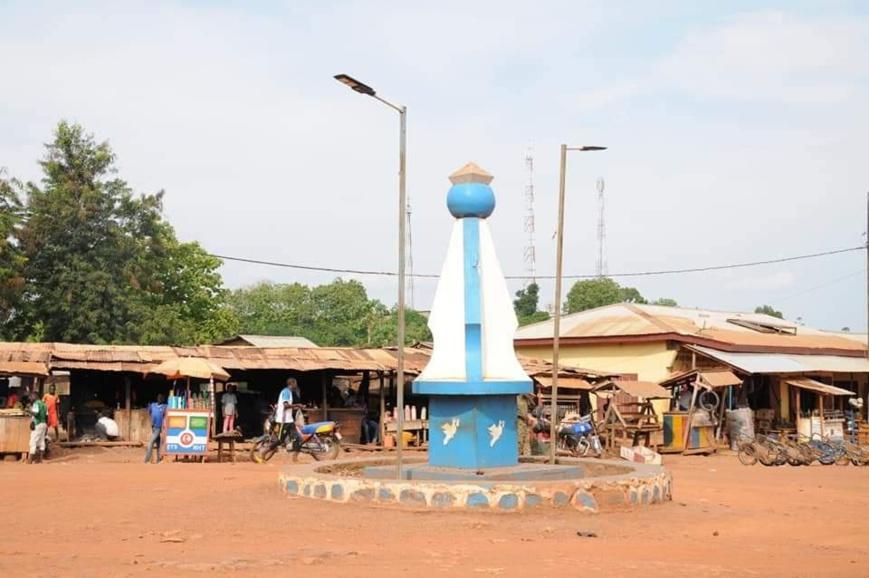 Un rond-point à Bangui. Illustration © GouvRCA