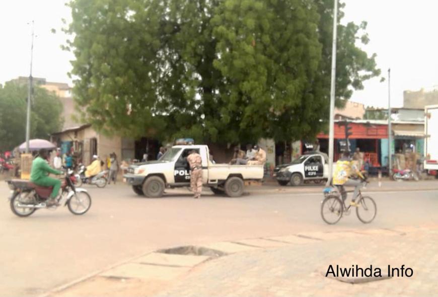 "Tchad : ""exil"" des diplômés sans emploi, tirs de gaz lacrymogène à N'Djamena. ©Tchonchimbo Ouapi Raphaël/Alwihda Info"