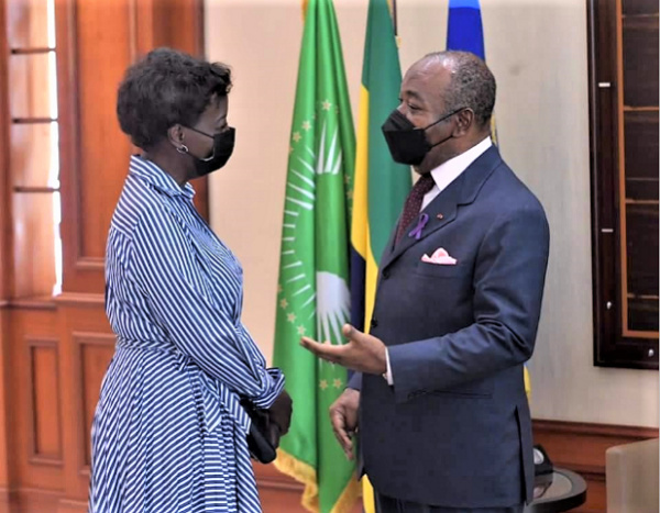 Gabon : la secrétaire générale de l'OIF reçue par Ali Bongo Ondimba