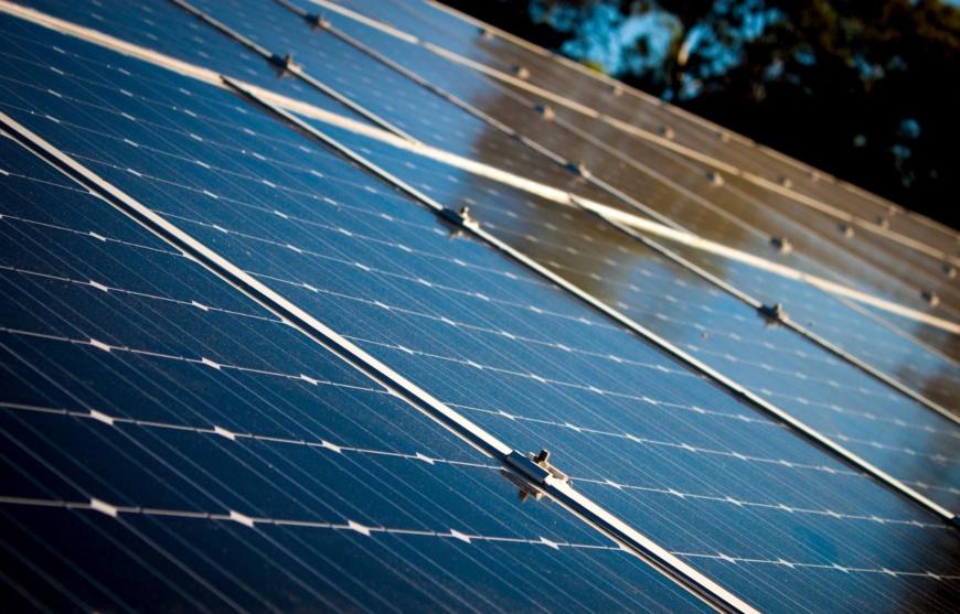 Énergie solaire : des solutions pour l'accès à 120 millions de ménages en Afrique