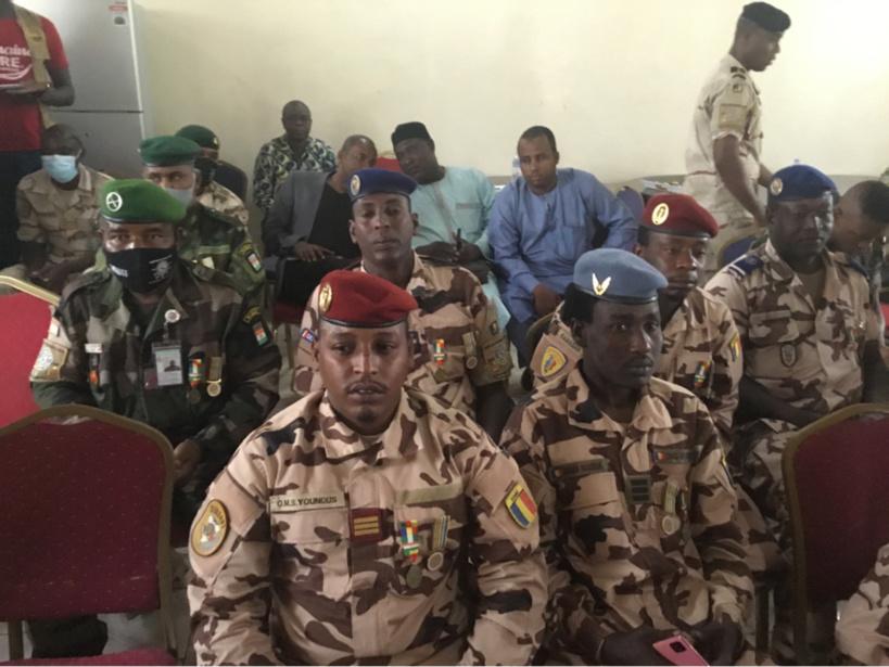 Tchad : la Force mixte multinationale décore 40 militaires en fin de mission