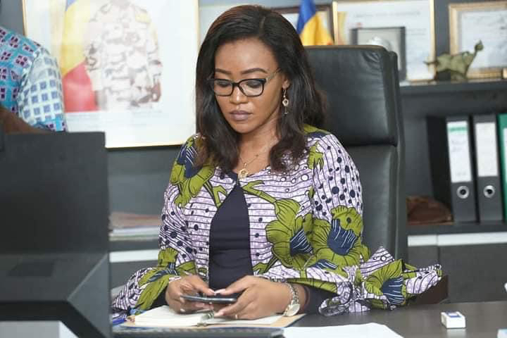 Tchad : un avertissement de la ministre de la Femme contre le non respect des horaires de travail
