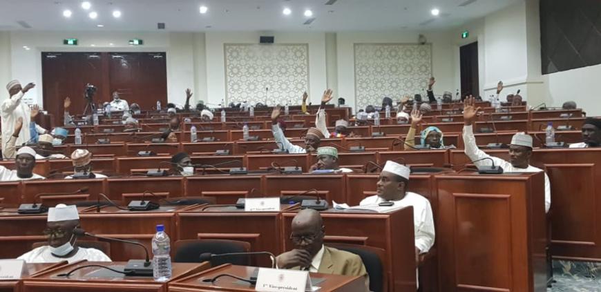 Tchad : la Loi sur la restructuration des unités administratives adoptée