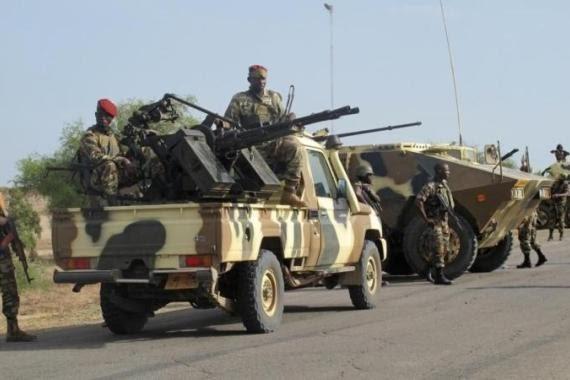 Le Cameroun a déployé plus de 1 000 soldats le long de sa frontière pour aider à combattre Boko Haram [AFP].