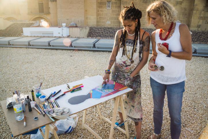 Des artistes soudanais et espagnols se rencontrent pour créer l'affiche du 10ème Festival de cinéma africain de Cordoue