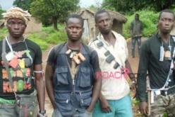 Des milices, groupes d'auto-défense formés dans les villages en Centrafrique. Crédit photo : Sources