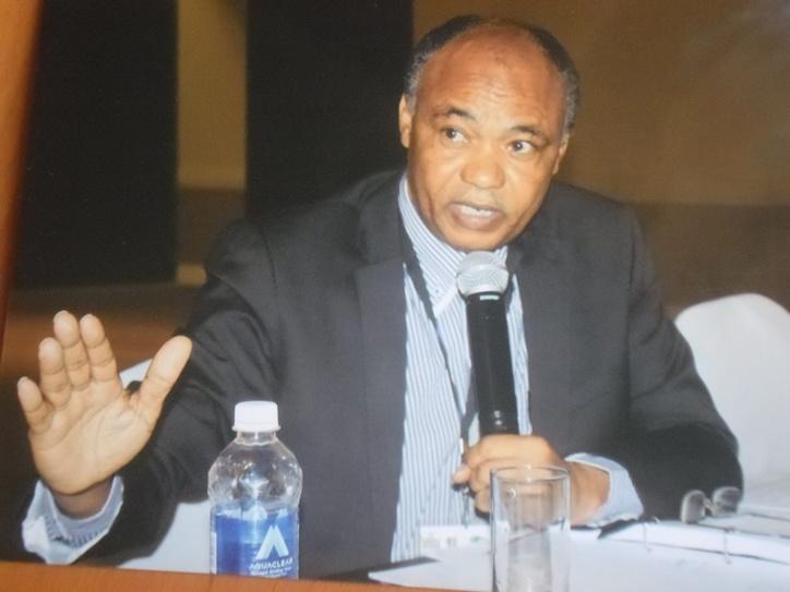 Ahmat Yacoub Dobio, conseiller chargé de missions à la Médiature de la République lors d'un exposé à Lusaka , en Zambie.