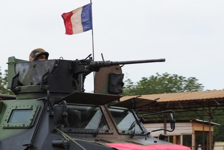 Un blindé français en Centrafrique. Crédit photo : Sources